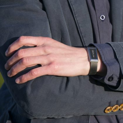 man wearing a silicone strap windsor wristband